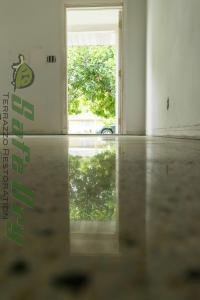 Great looking Florida Terrazzo